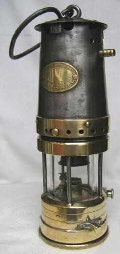 Miners Davy Lamp And Carbide Lamp